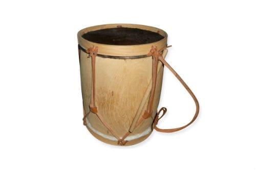 Музыкальный инструмент бомбо легуэро