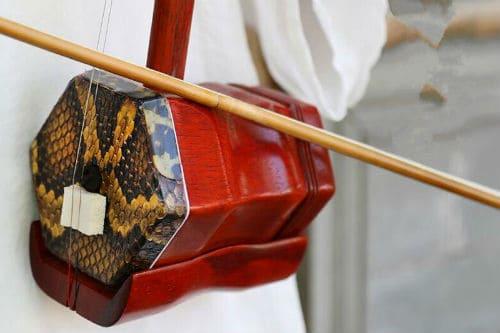 Устройство китайской скрипки эрху