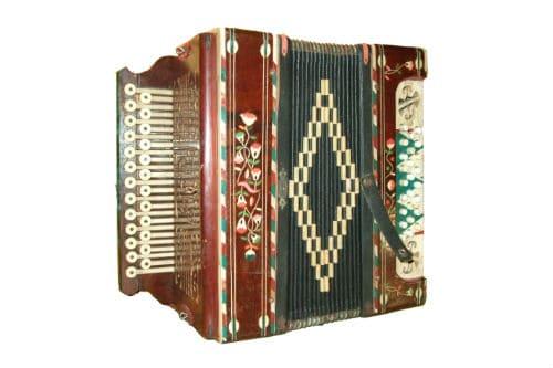 Музыкальный инструмент хромка