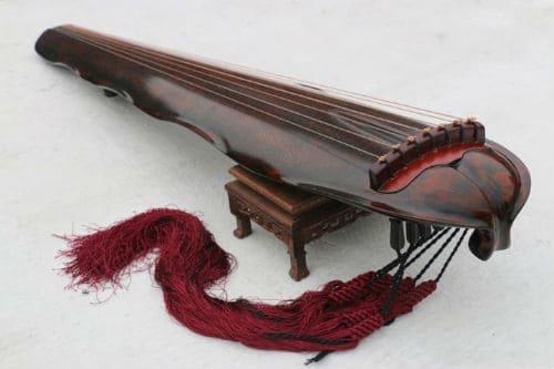Музыкальный инструмент гуцинь
