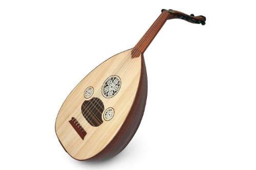 Музыкальный инструмент уд