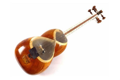 Музыкальный инструмент тар