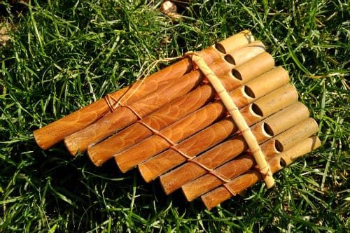 Музыкальный инструмент кувиклы