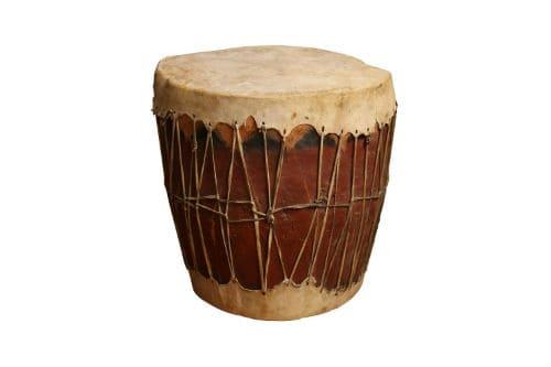 Древний барабан