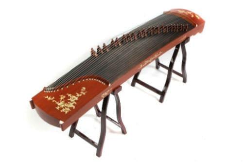 Музыкальный инструмент гучжэн