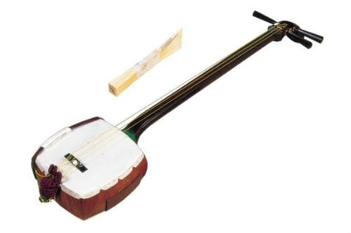Музыкальный инструмент сямисэн