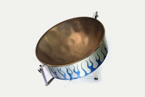 Музыкальный инструмент стальной барабан