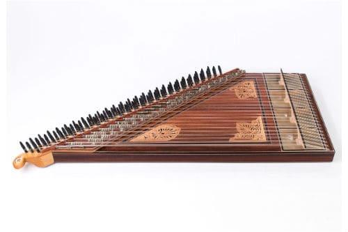 Музыкальный инструмент канун