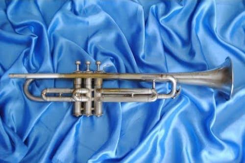 Музыкальный инструмент кларион