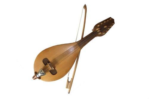 Музыкальный инструмент гадулка