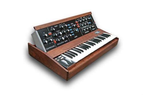 Первый синтезатор Муга